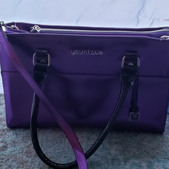 Younique Handbags - 4 for $20 🛍 Younique purse/travel bag